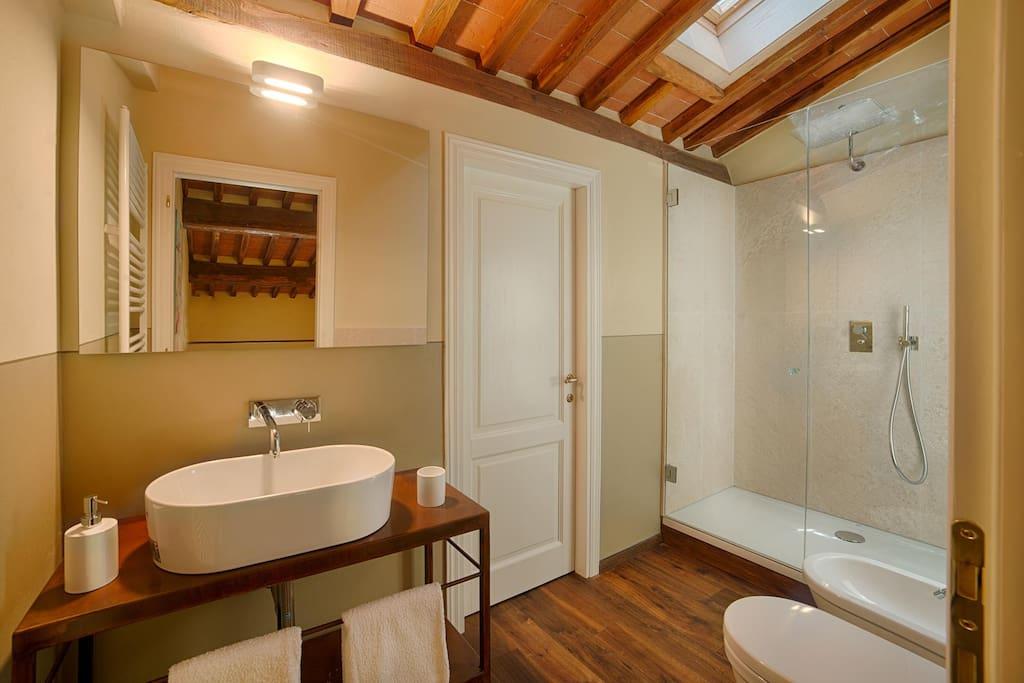 Il bagno della Camera Quercia