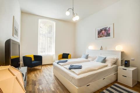 Stor lägenhet Karlovarska