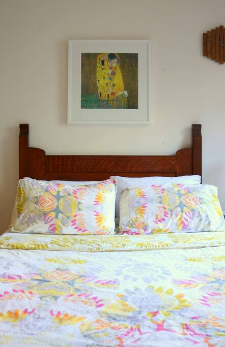 We love art - so your room is filled with quirky little pieces :)