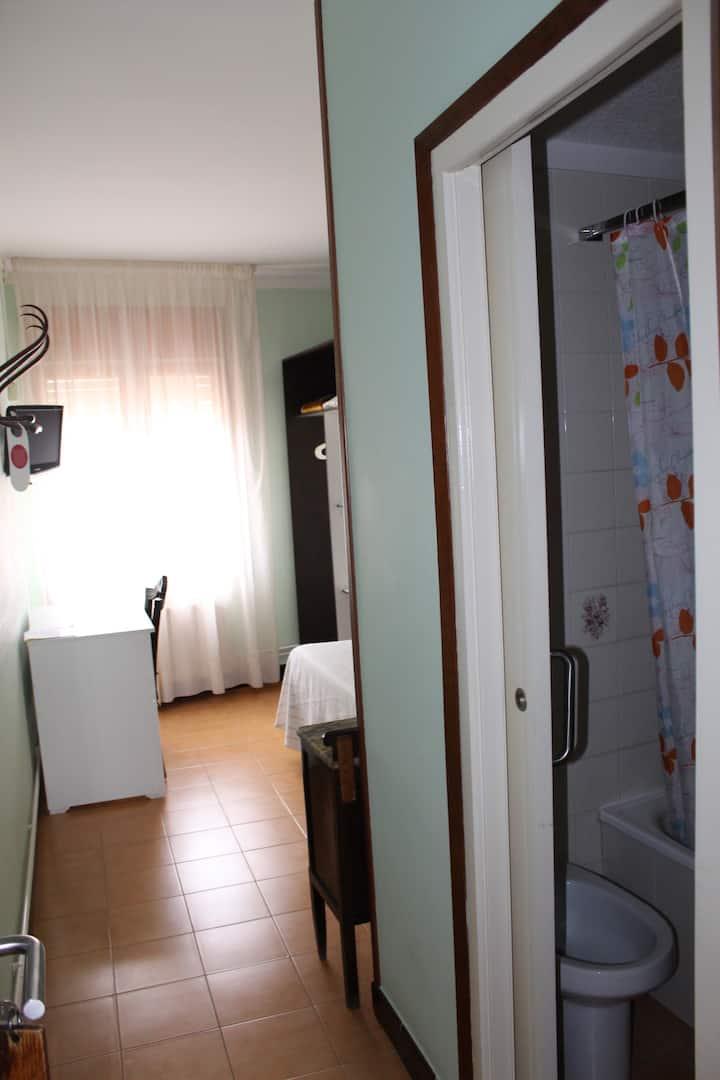 habitación individual económica