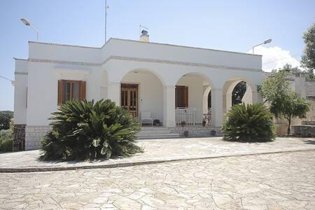 Luxury Villa for rent in Valle d'Itria - Locorotondo - วิลล่า
