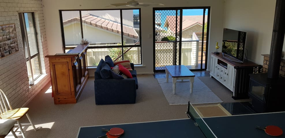 Ground floor Lounge with Table Tennis,  Bar and 2nd TV