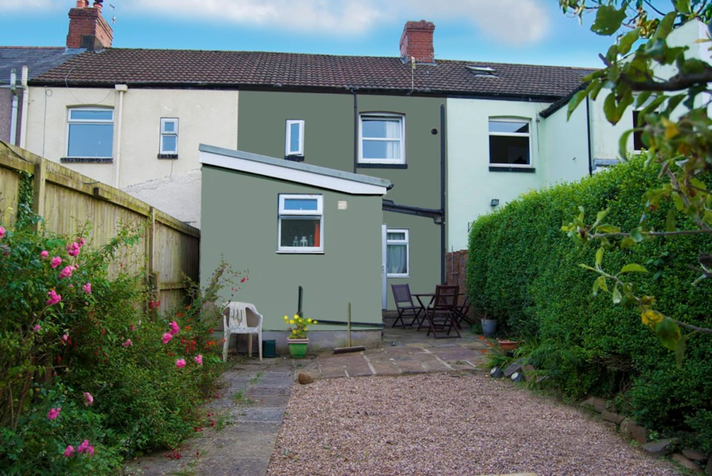 Comfortable 3 bed, secluded garden, 5 minutes from 2 local pubs, 5 mins from transport to Cardiff and the valleys.