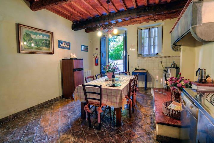 Farmhouse Cipresso 2 - Lastra - Villa
