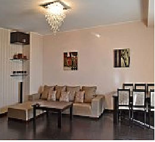 Lovely 2 bedroom apartment! - Jerevan - Byt
