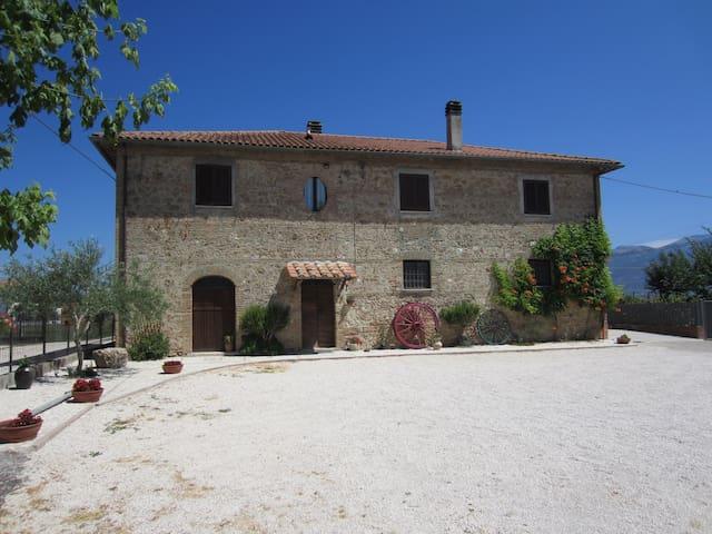 Casale Paris - Rieti