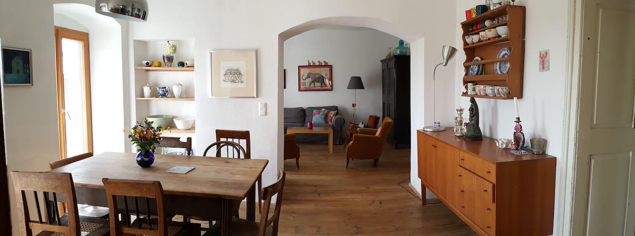 Idyllisches Haus in Ruhelage mit Aussicht