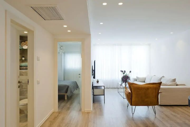 Luxurious Five Star Apartment in Bat Yam