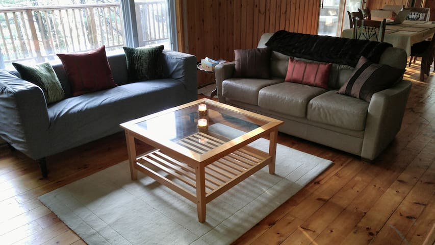 RyBell Retreat - Gorgeous Getaway @ Miners Bay, ON - Norland - Cabin