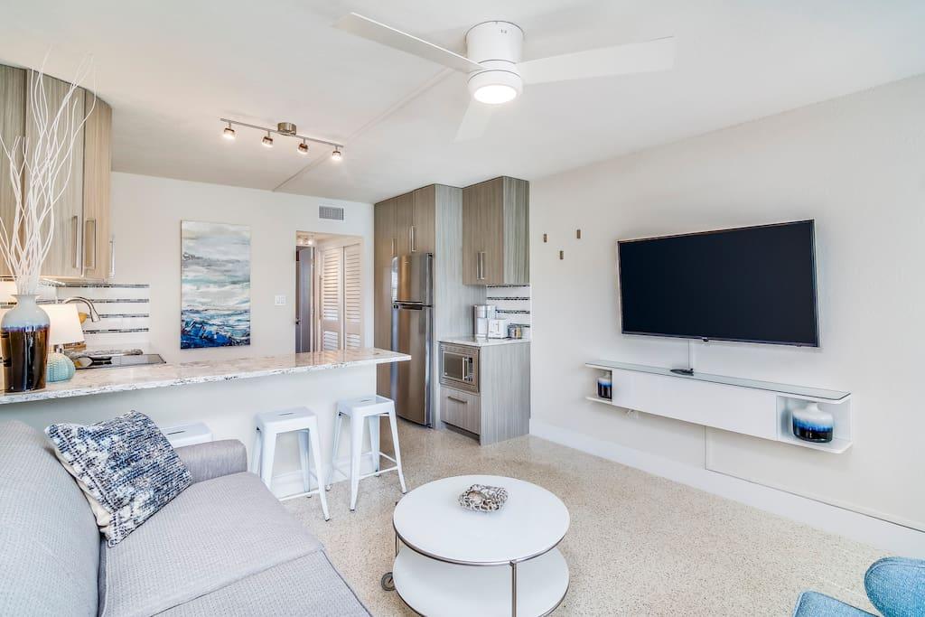 Beautiful, modern, coastal apartment
