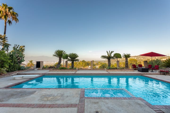 Villa with Hill & City View, Heated Pool & Hot Tub