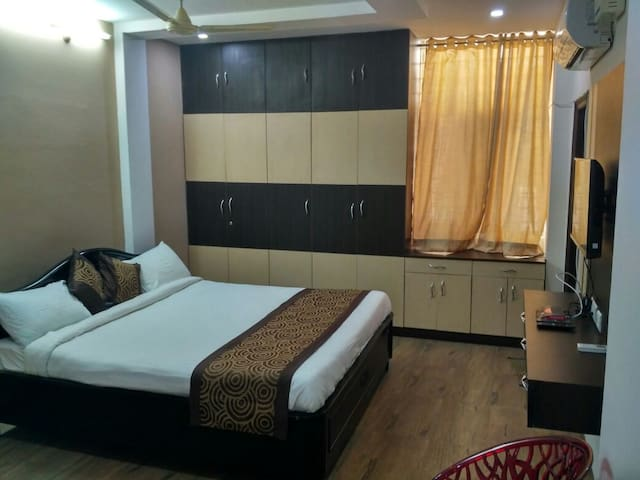 3 BHK Luxury Stay at Shilparamam hitech city