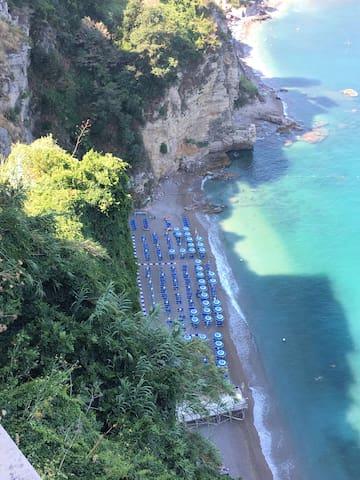Spiaggia Sporting con discesa a 300 mt da casa