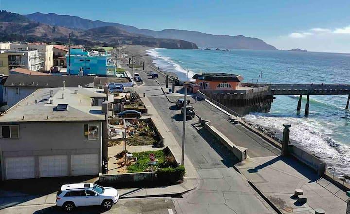 Beachfront Ocean Views near SF! (Neptune 2)