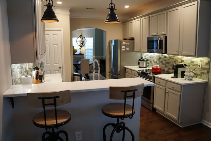 104 Quiet & Cozy Home