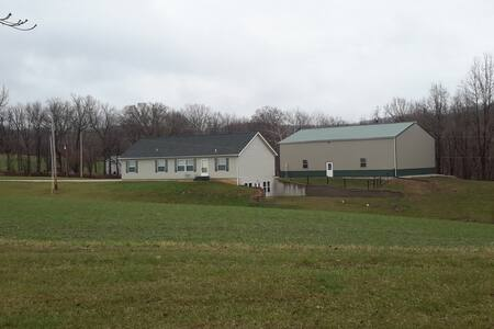 Pinehaven Place - Pet friendly home in Labadie, MO