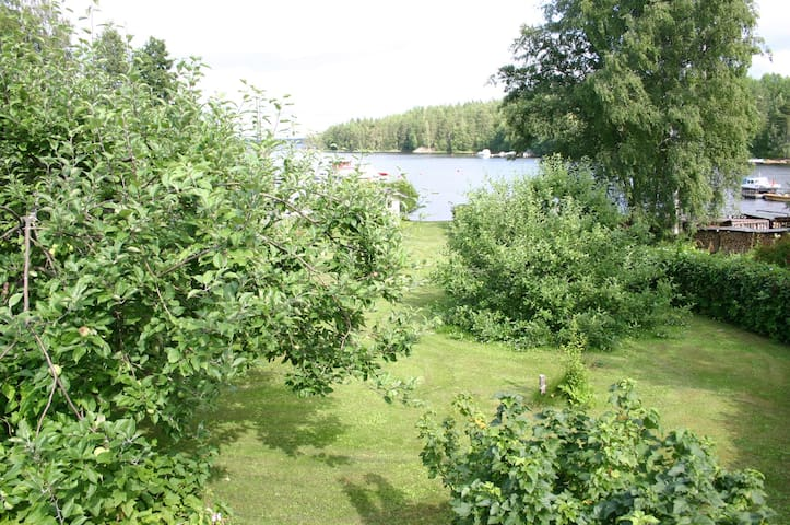 Savonlinna 2 bedrooms, 5 beds, onshore Lake Saimaa