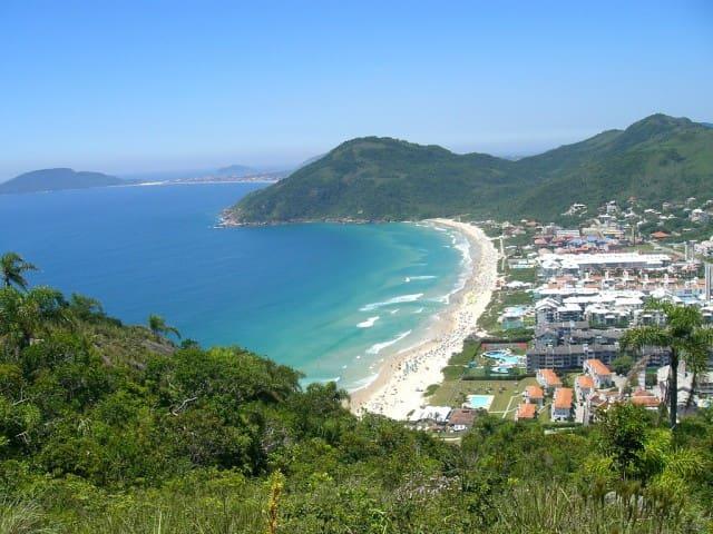 Vista de cima praia Brava