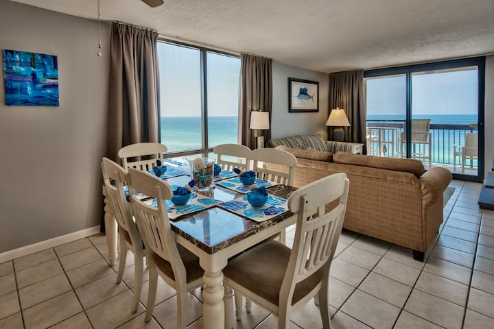 Sundestin Beachfront Corner unit - Ocean View