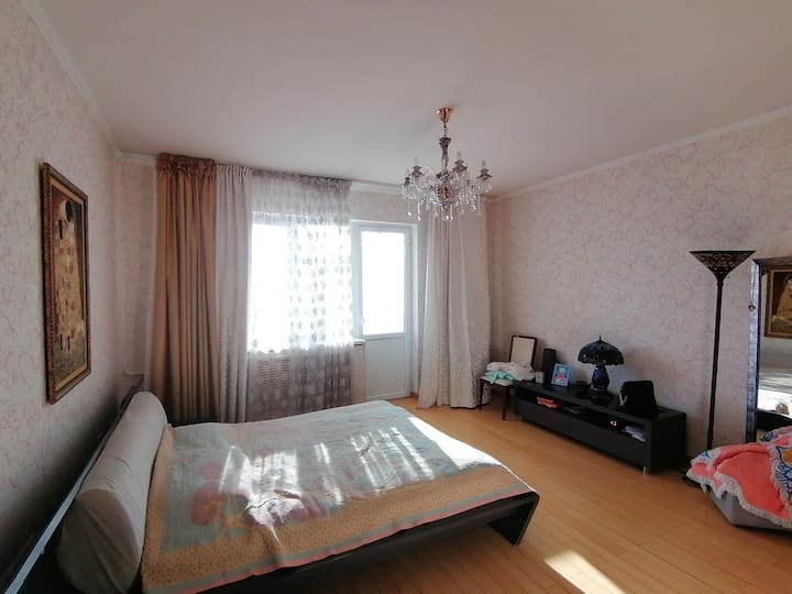 A spacious flat in the old city centre, quiet area