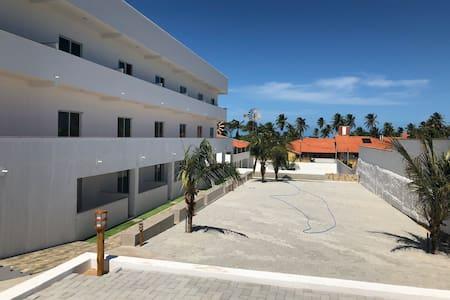 Loft mobilado a 3 ruas da praia, lugar seguro,