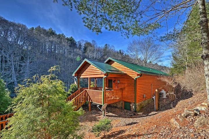Riverfront 1BR Sparta Cabin w/Private Porch! - Sparta - Cottage