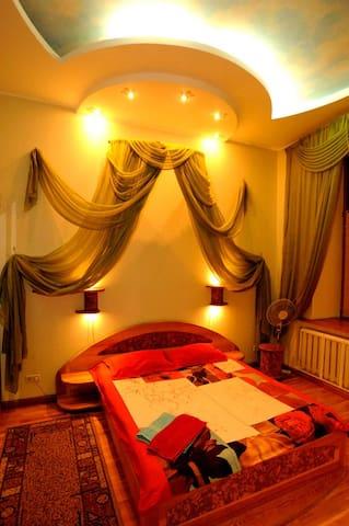 k162 Stylish, spacious apartment - Киев - Byt