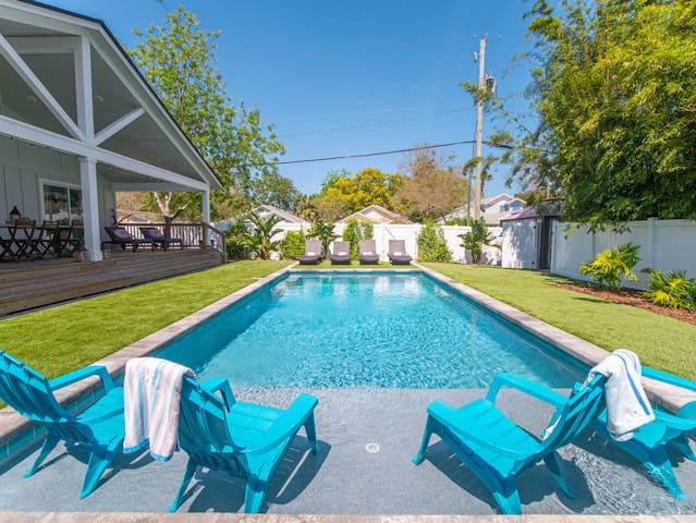 Newly renovated beach bungalow with heated pool