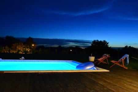 Belle villa avec grande piscine 11x5m - Foulayronnes