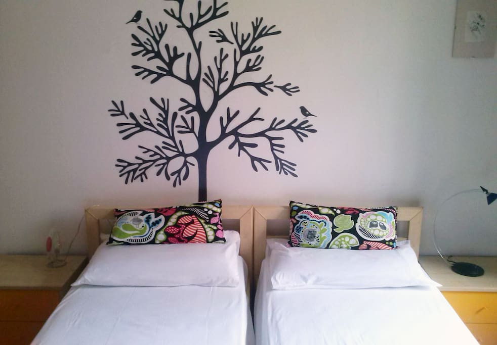 double bedroom -twin bed