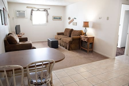One Bedroom Apartment in Wamego Motel