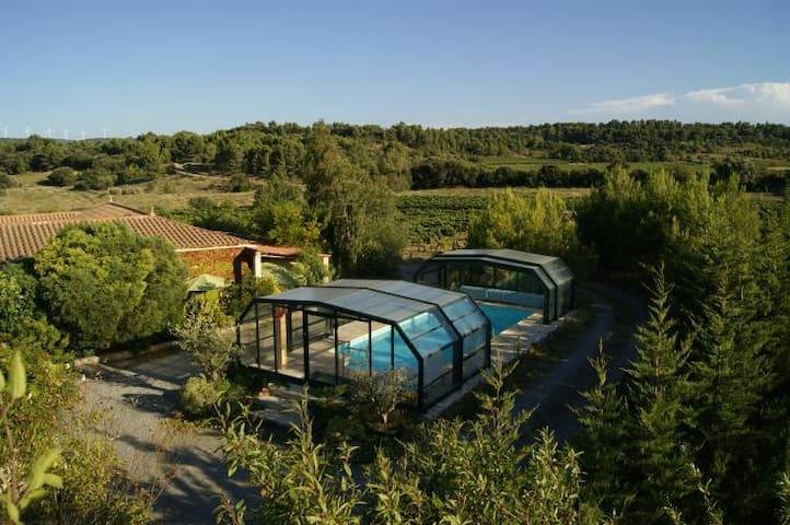 maison, splendide située, confortable  très calme - Castelnau-d'Aude - Hus
