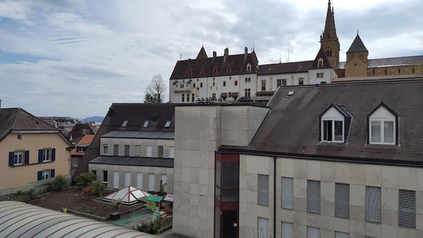Vue sur le Château! - Neuchâtel - Apartment