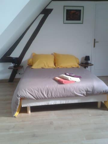 Voici une chambre 2