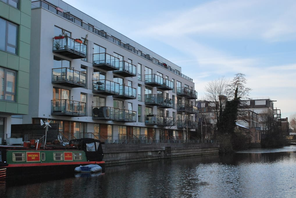 The view of the flat from the Canal