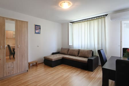Apartment 50 meters from Old Town