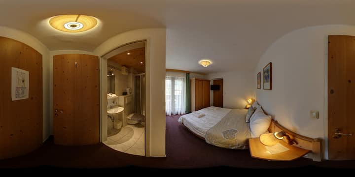 Double-bedroom