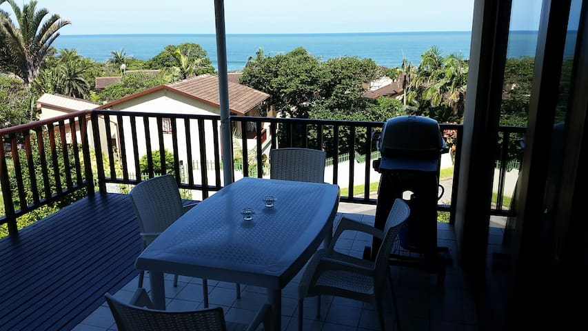 200m from beach with sea views - Southbroom - Apartament