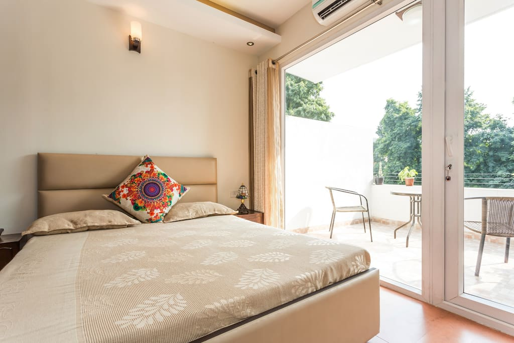 Comfortable beds with wonderful sunlight