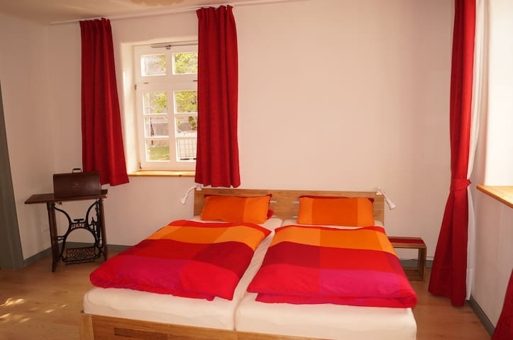 Neue Wohnung im alten Pfarrhaus - Bovenden - Pis