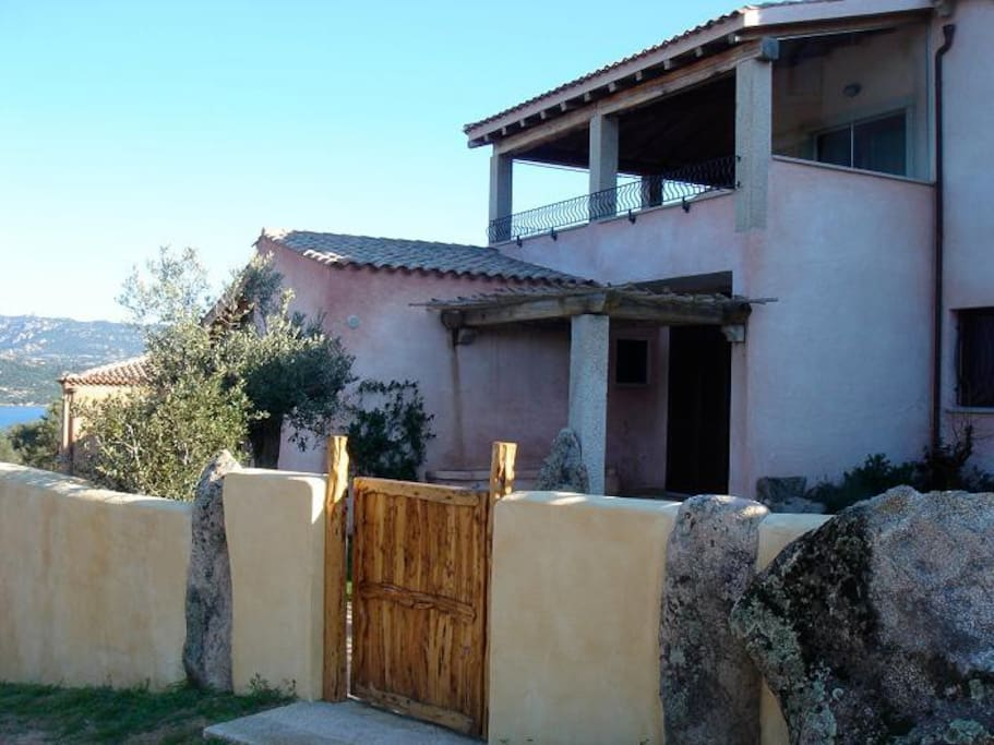Private house w seaview cannigione houses for rent in for Rent a home in italy