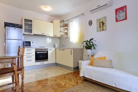 Cozy Apartment Island of Love