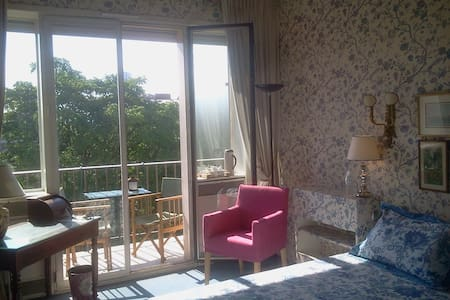 B&B, luxury & greenery kingsize bed - Neuilly-sur-Seine