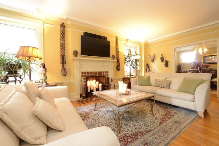 Luxury-Private Room on the Detroit River! - Detroit - Lägenhet
