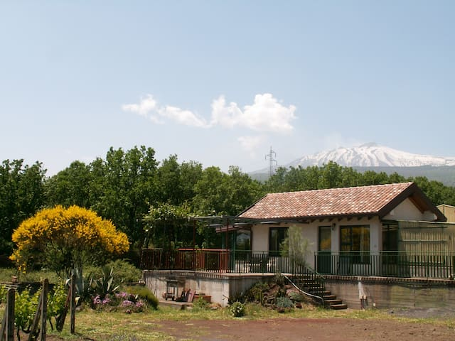Little House - mount Etna - Sicily - Linguaglossa