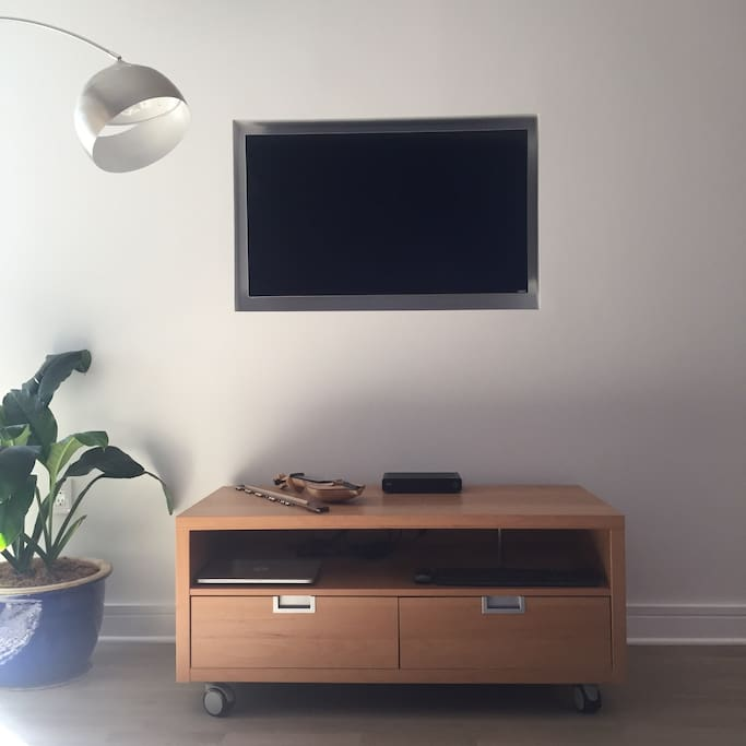 Television with full cable and highspeed wifi.