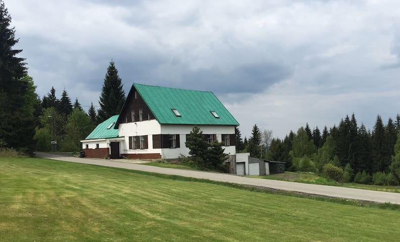Big charlet in Smržovka (Krkonoše) - Smržovka - Huis