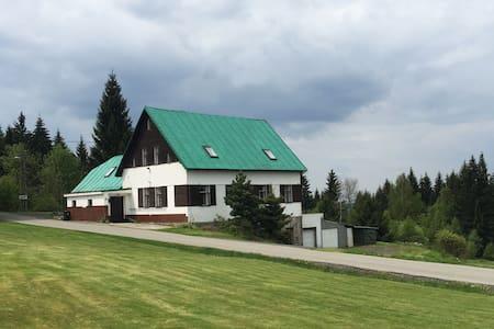 Big charlet in Smržovka (Krkonoše) - Smržovka - Casa