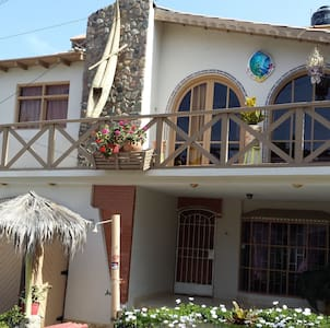 Ensuite Double Room w/breakfast - Huanchaco - Bed & Breakfast