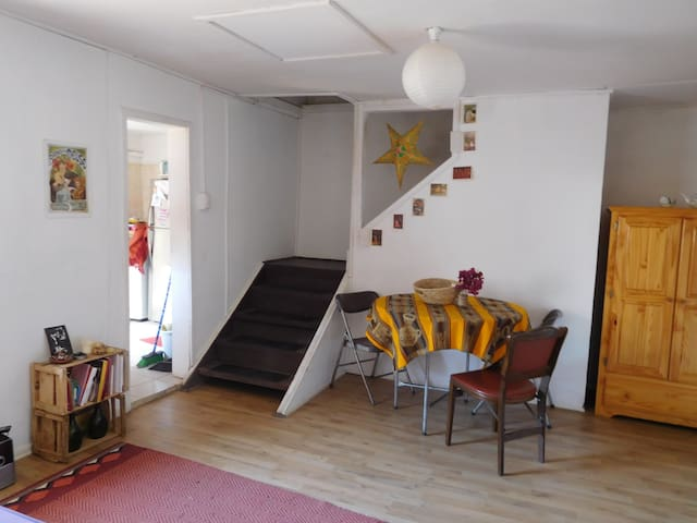 Acogedora Habitación en Cerro Alegre - Valparaíso - Haus
